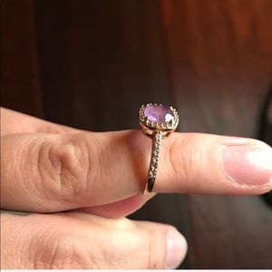 18k Rose gold ring with Amethyst stone